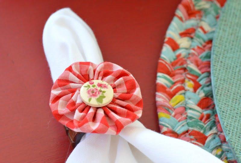 fabric yo-yo napkin ring