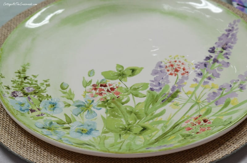 floral plates used in tablescape