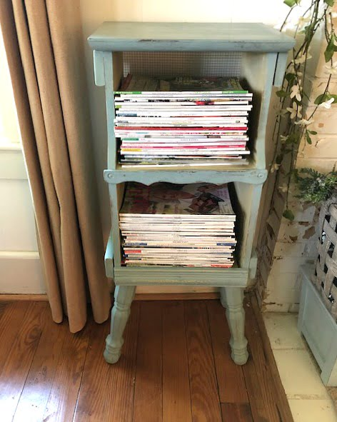 French country style magazine rack