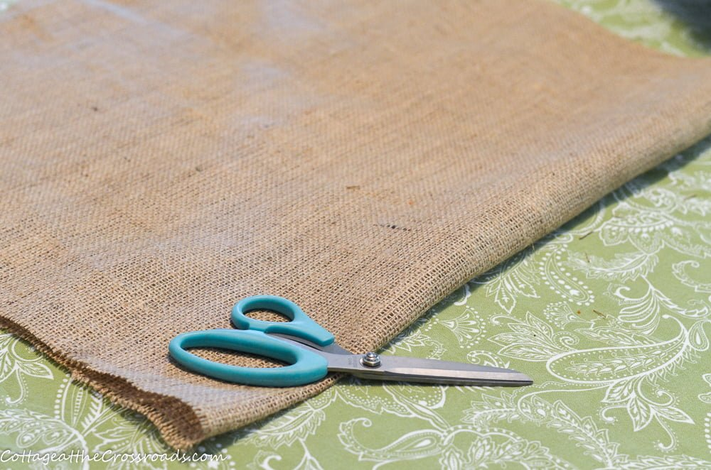 burlap fabric for making a cotton seed bag