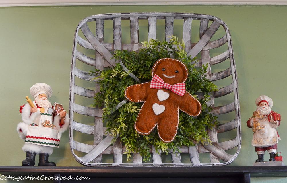 gingerbread boy and Santas