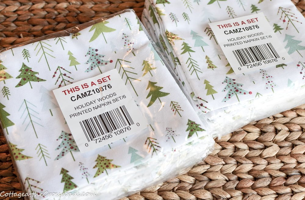 napkins with trees