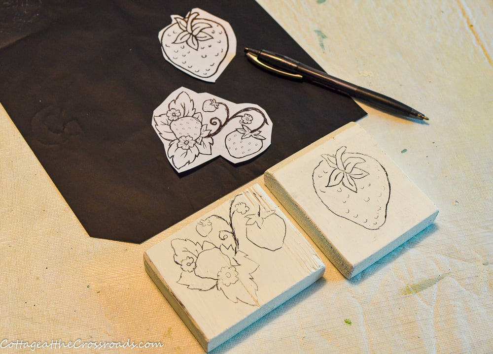 use carbon paper to trace design