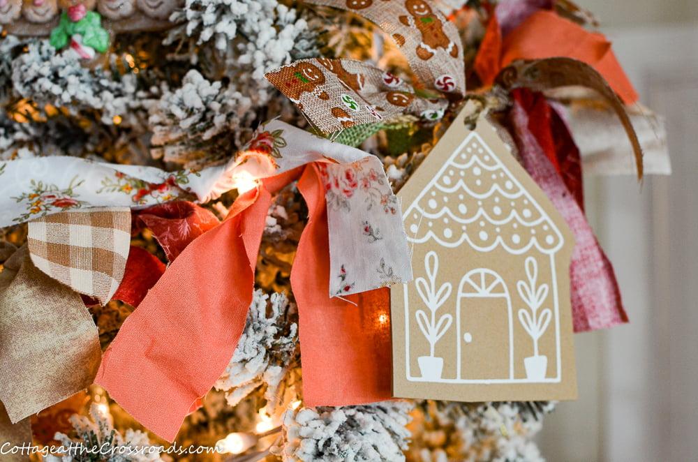 diy gingerbread rag garland on a tree