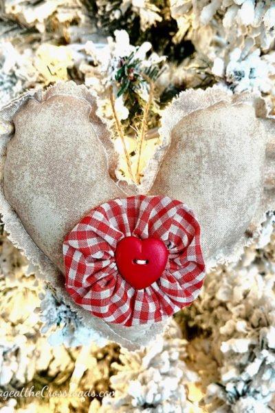 fabric heart with yo-yo