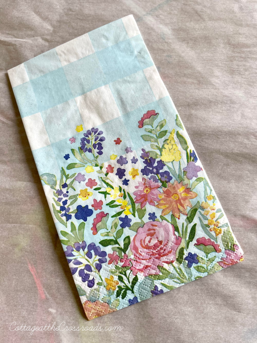 buffalo check paper napkins with flowers