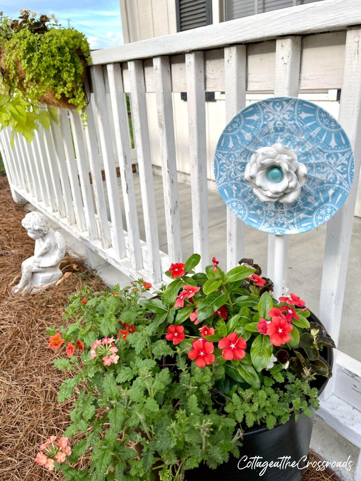diy garden stake in flower pot
